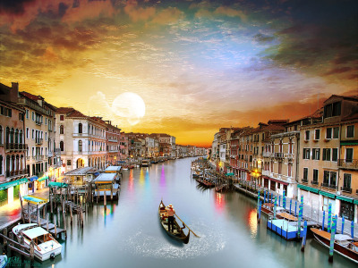 Explore Italy – R805