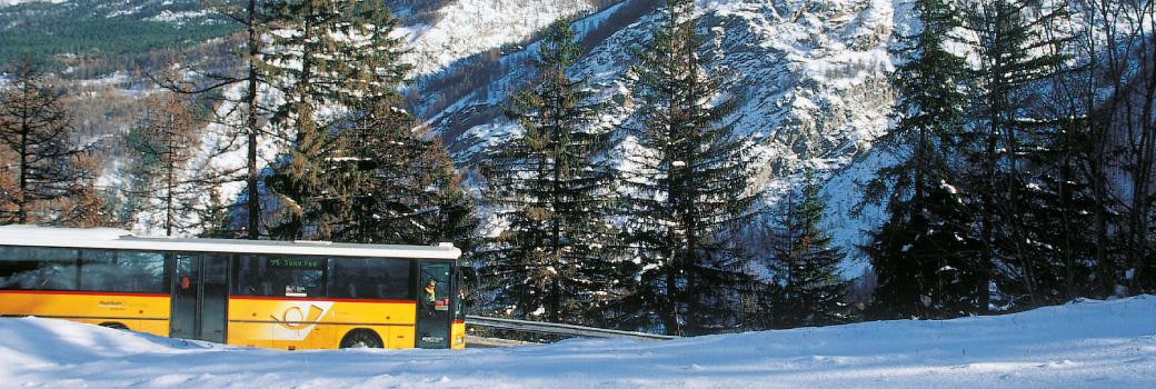 swiss-post-bus