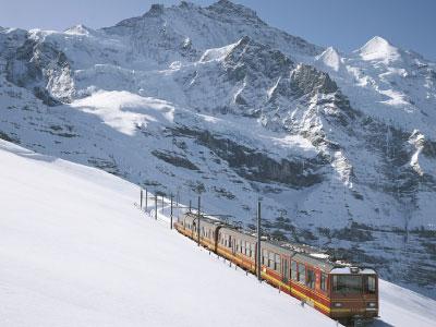 Switzerland – 3 Language, 3 Cultures – R401